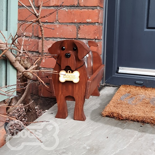 Wooden Dog Milk Bottle Caddy (Labrador)