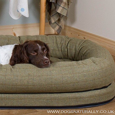 OTT Tweed Snuggle Dog Bed (3x Colours)